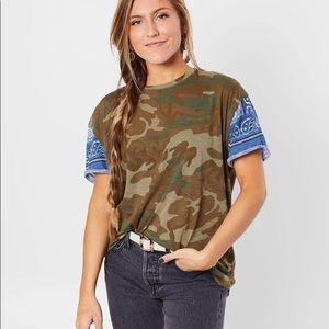 Free People Clarity tee army combo XL